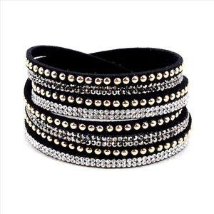 BLACK Glittering Swarovski Bracelet!